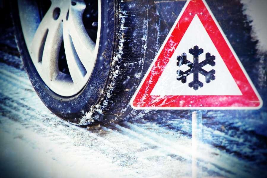 Unajmite vozilo sa zimskim gumama %